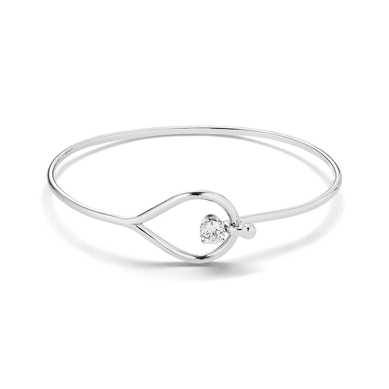 Leo Loop Diamond Bracelet