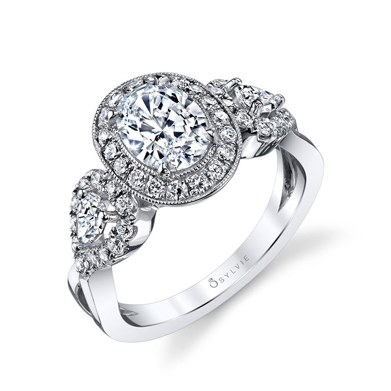 Intricate Oval Halo Diamond Engagement Ring