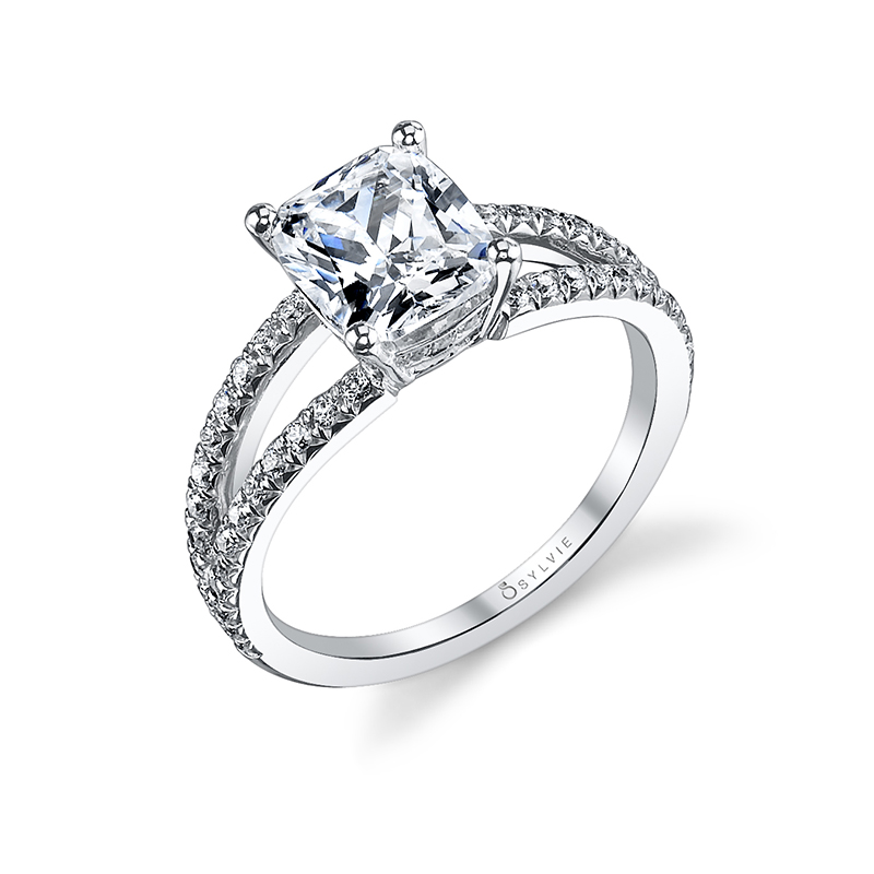 Modern Split Shank Diamond Engagement Ring